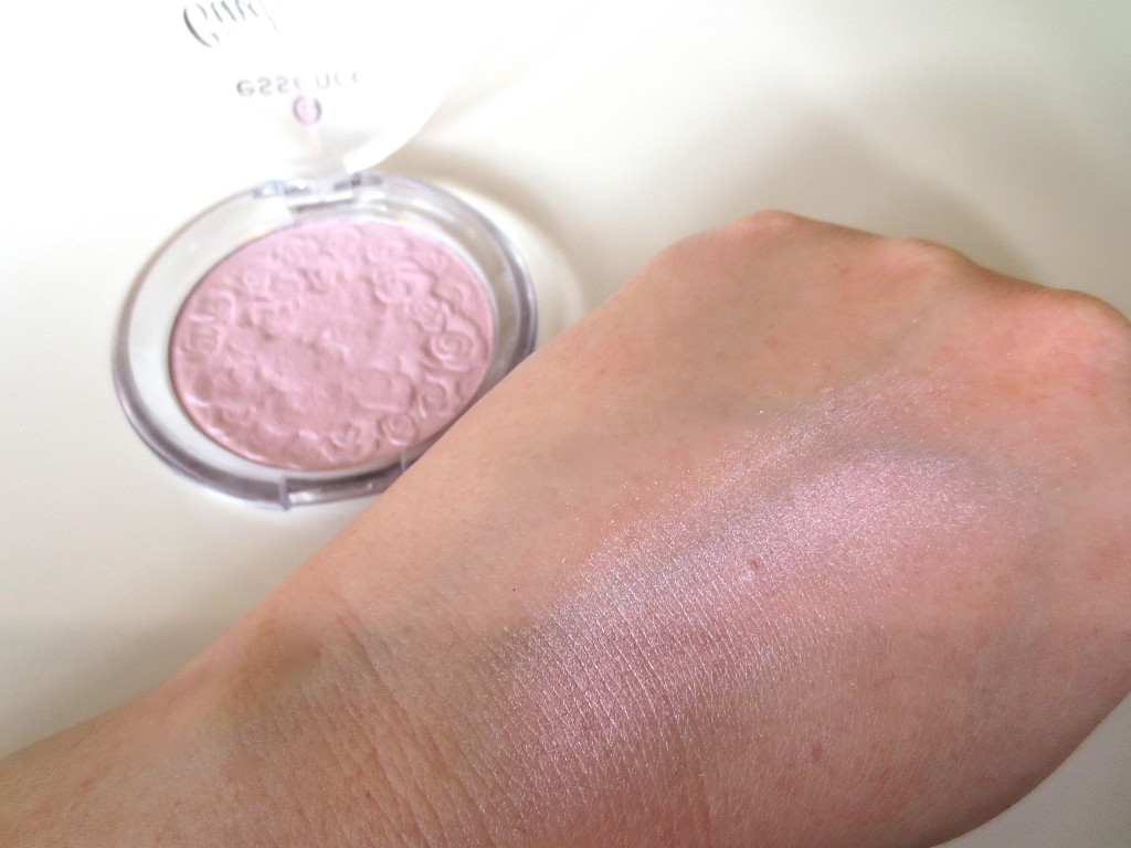Essence Cinderella Highlighter Powder