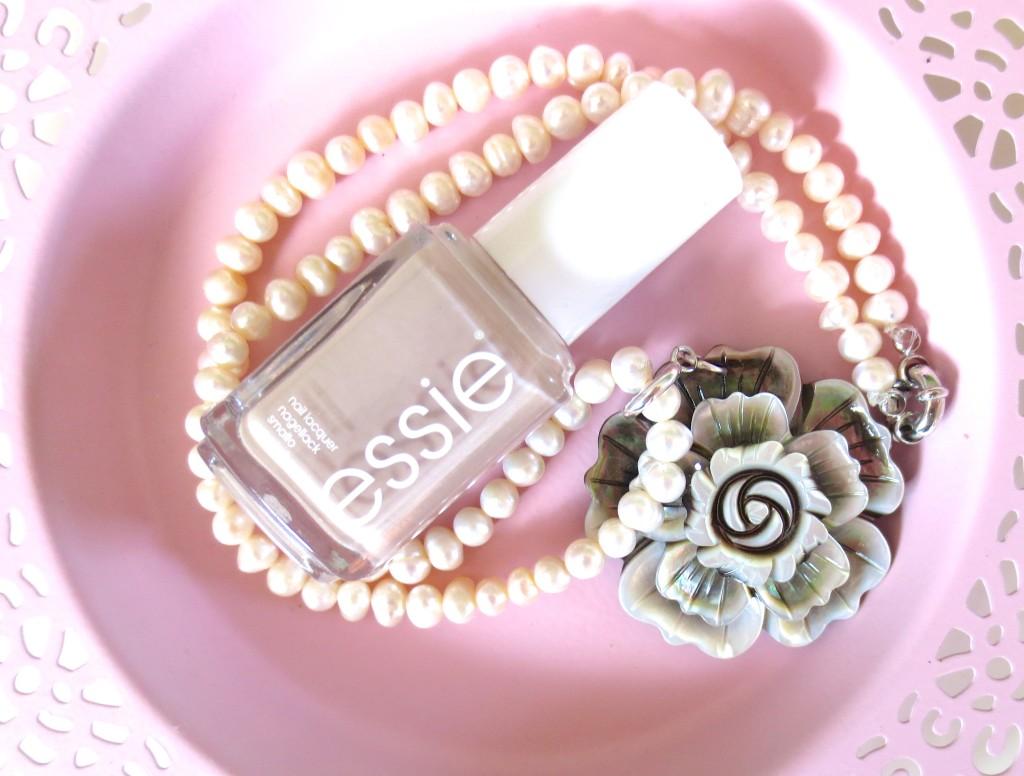 Essie Sand Tropez