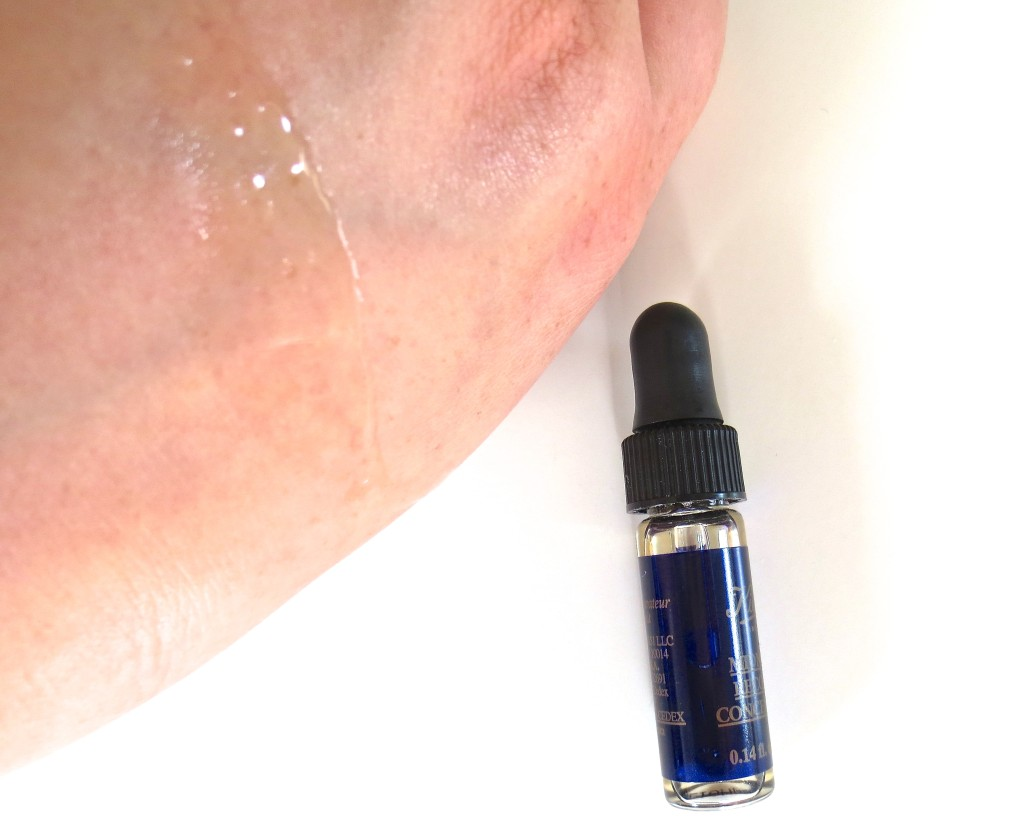 Kiehl's Midnight Recovery Concentrate Texture