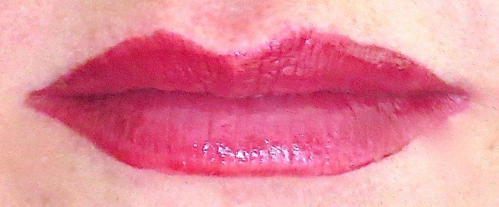 P2 Pretty 60s Pure Harmony Stack Lipgloss Pink Tragebild