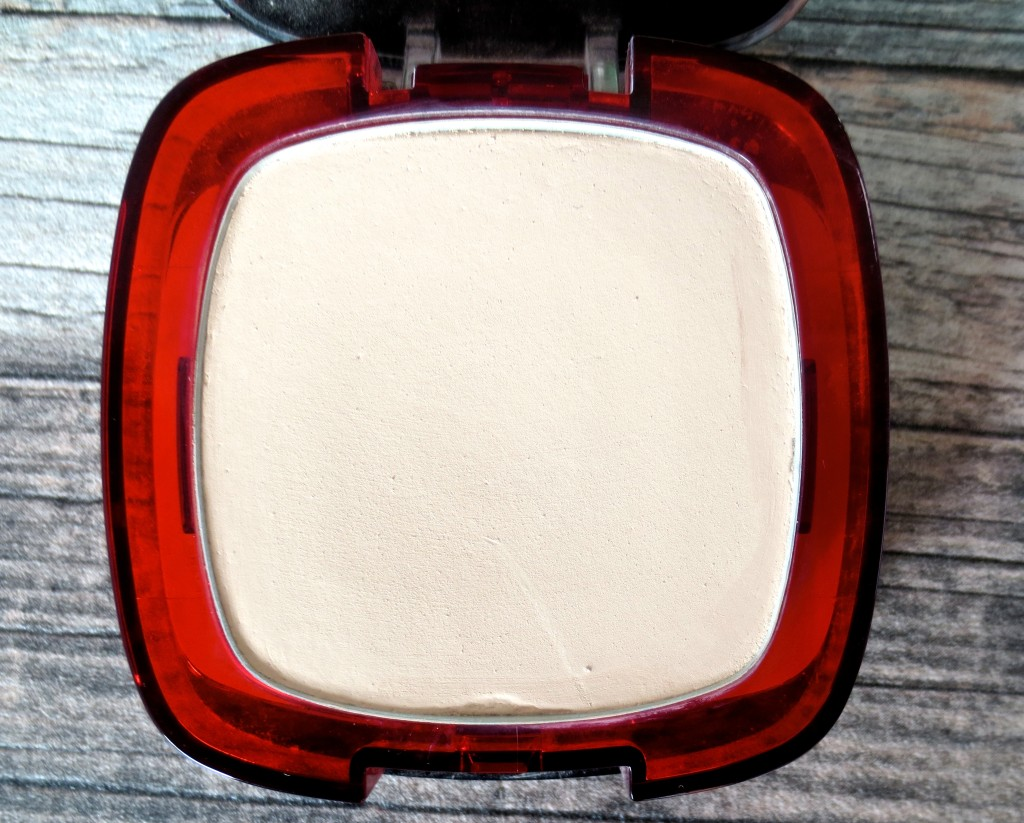 L'Oreal Indefectible 24h Makeup und Puder