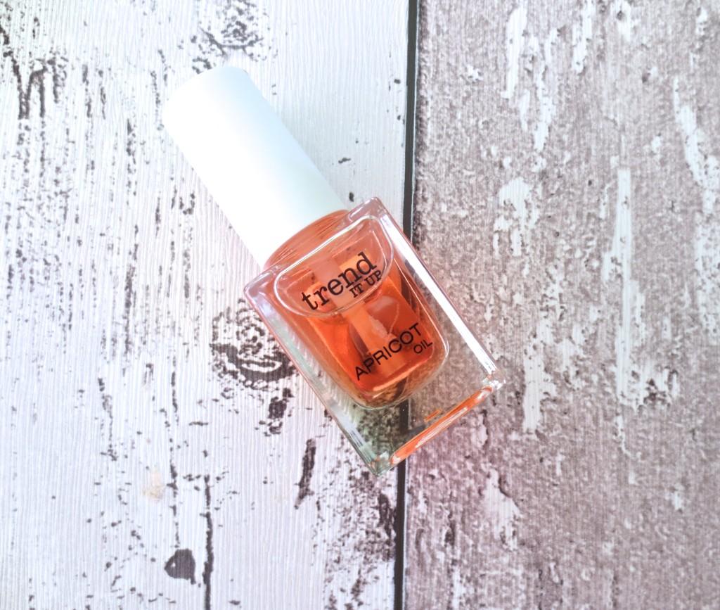Trend it up! Apricot Oil Nagelöl