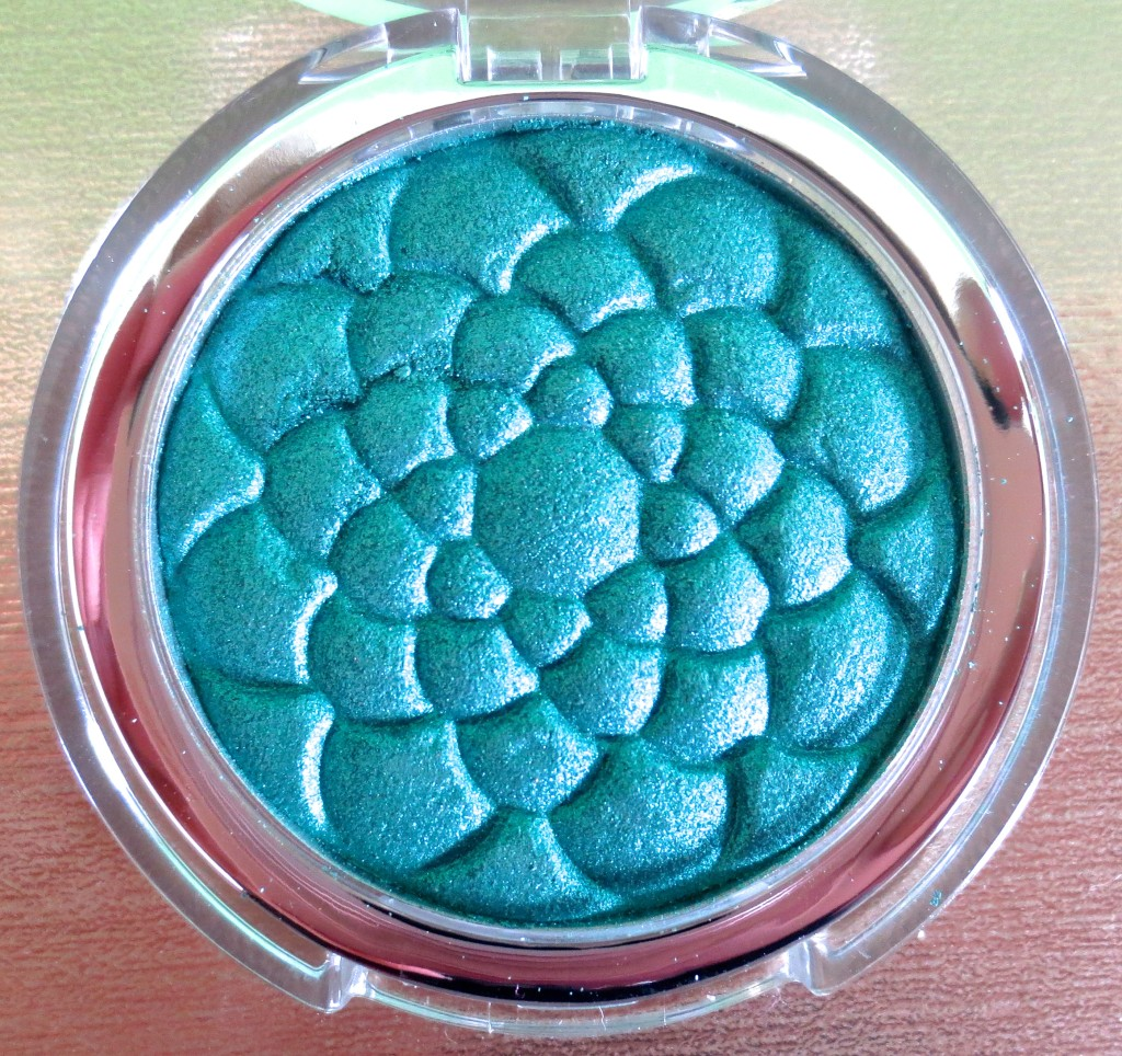 p2 pearl dimension eye shadow 020 jade dimension