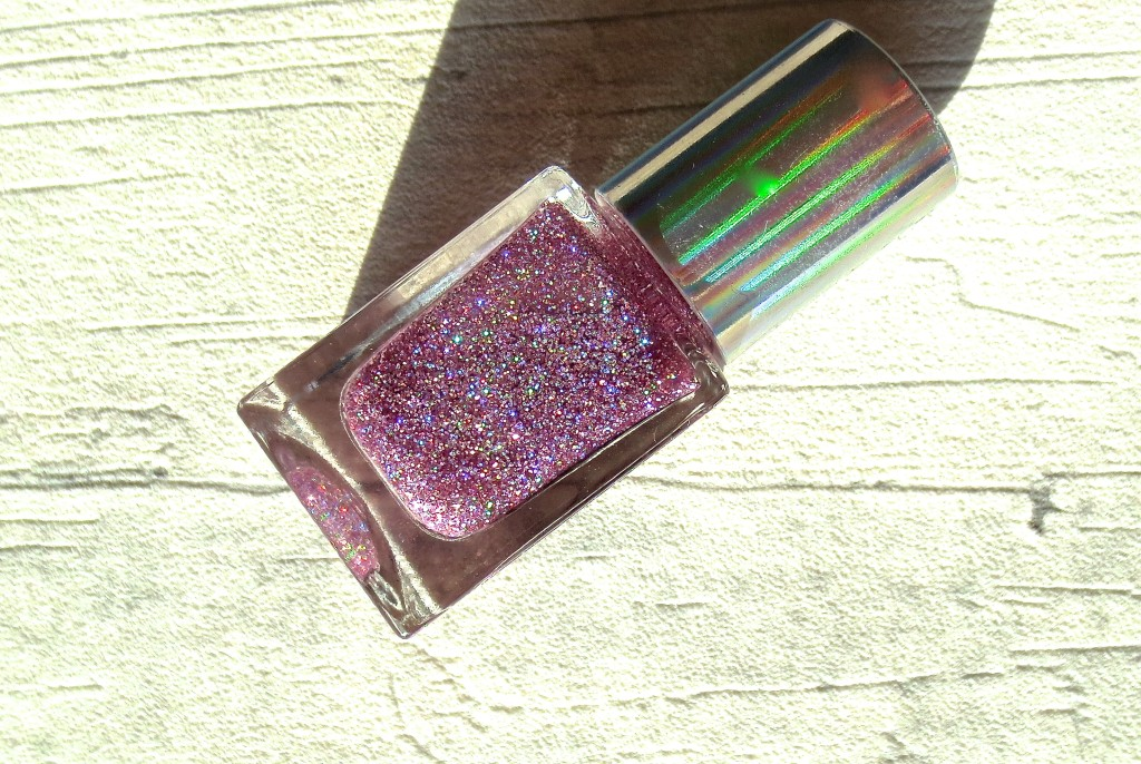p2 Hypnotic Lights Nail Polish Nagellack