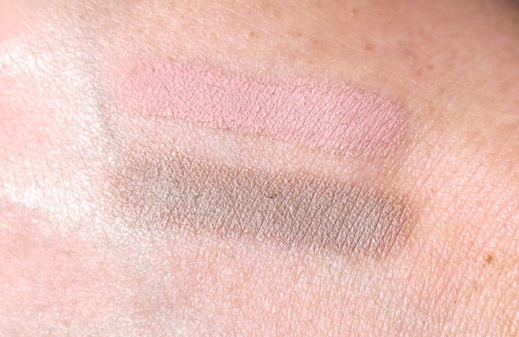 Catrice Sound of Silence cream shadow swatch
