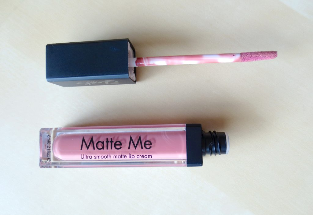 Sleek Makeup Matte Me Lip Cream Birthday Suit