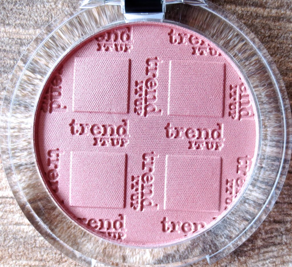 trend it up powder blush 050