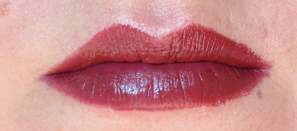 Catrice Kaviar Gauche C02 Fleur Du Soir Lip Colour Swatch