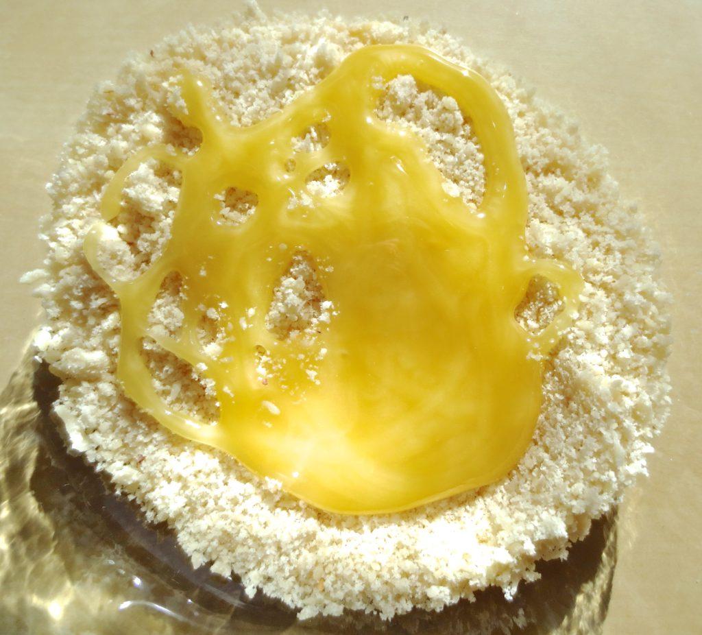 DIY Beauty Mandel Honig Maske trockene Haut Zubereitung Mandelmilch
