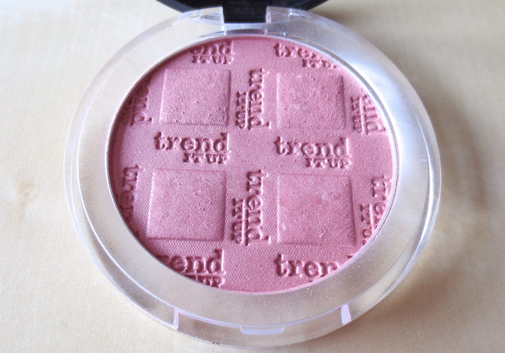 Beauty Favoriten September 2016 trend it up powder blush 050