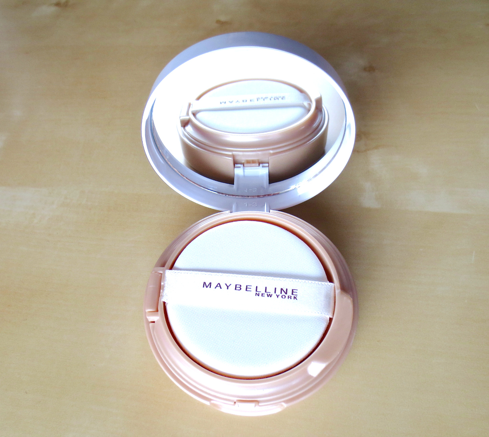 Maybelline Dream Cushion Liquid Foundation offen