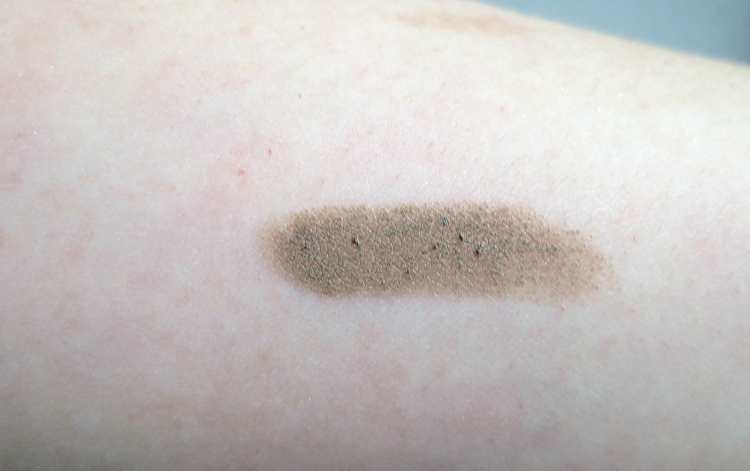 essence glitter in the air eyebrow pomade swatch