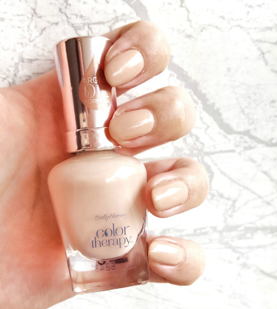 Sally Hansen Color Therapy Re-nude Tragebild