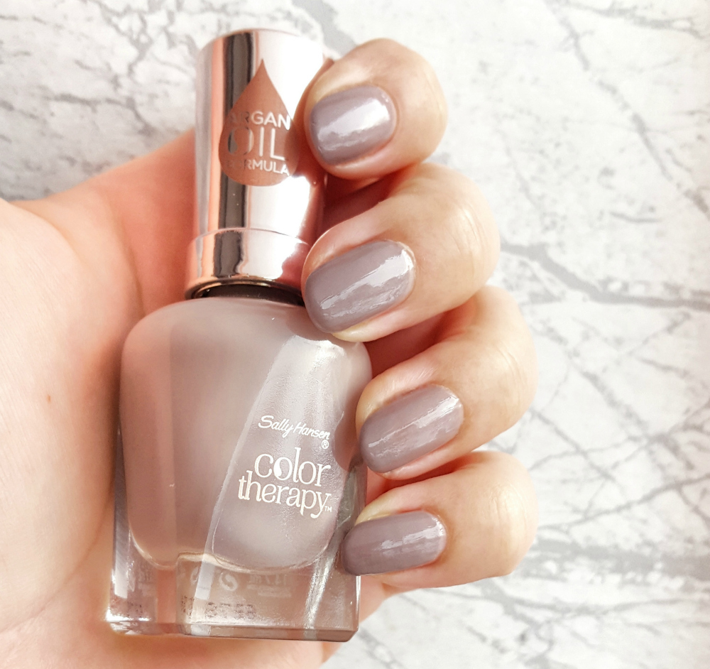 Sally Hansen Color Therapy Steely Serene Tragebild