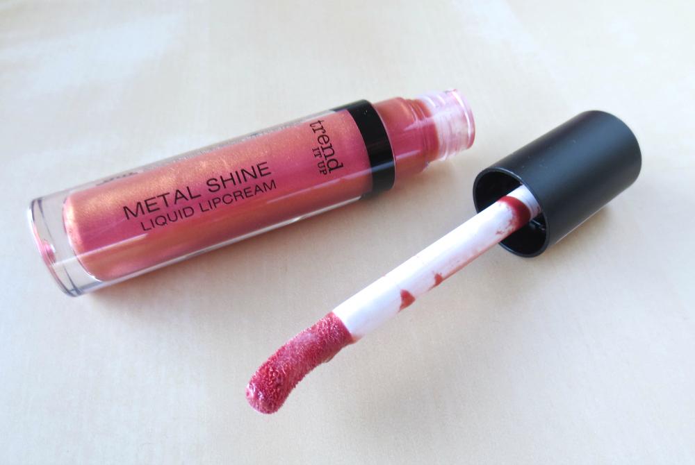 trend it up metal shine liquid lip cream