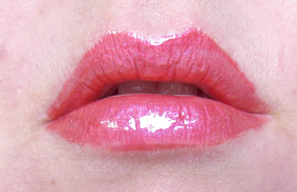 trend it up metal shine lip cream 030 tragebild
