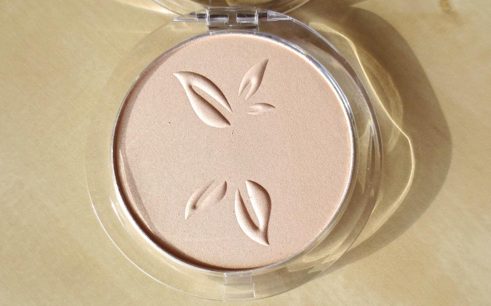 alverde makeup neuheiten 2017 - teint illuminating powder
