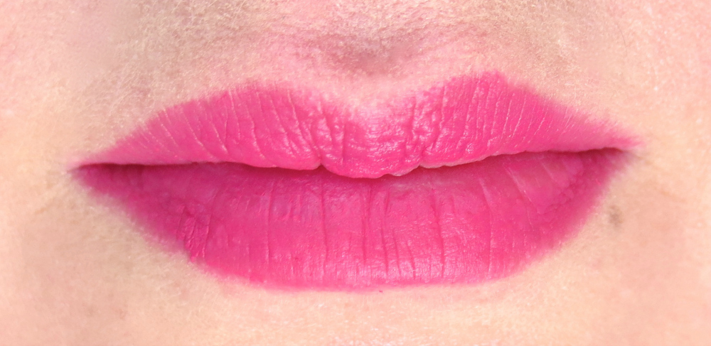 Catrice ProvoCATRICE Cushion Powder Lips Tragebild