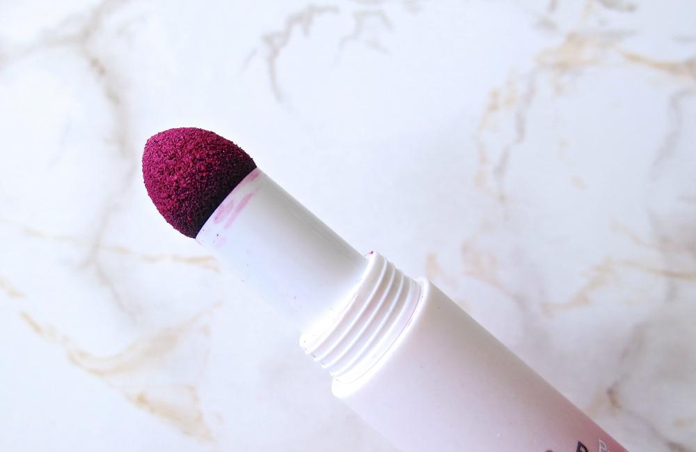 Catrice ProvoCATRICE Cushion Powder Lips Applikator