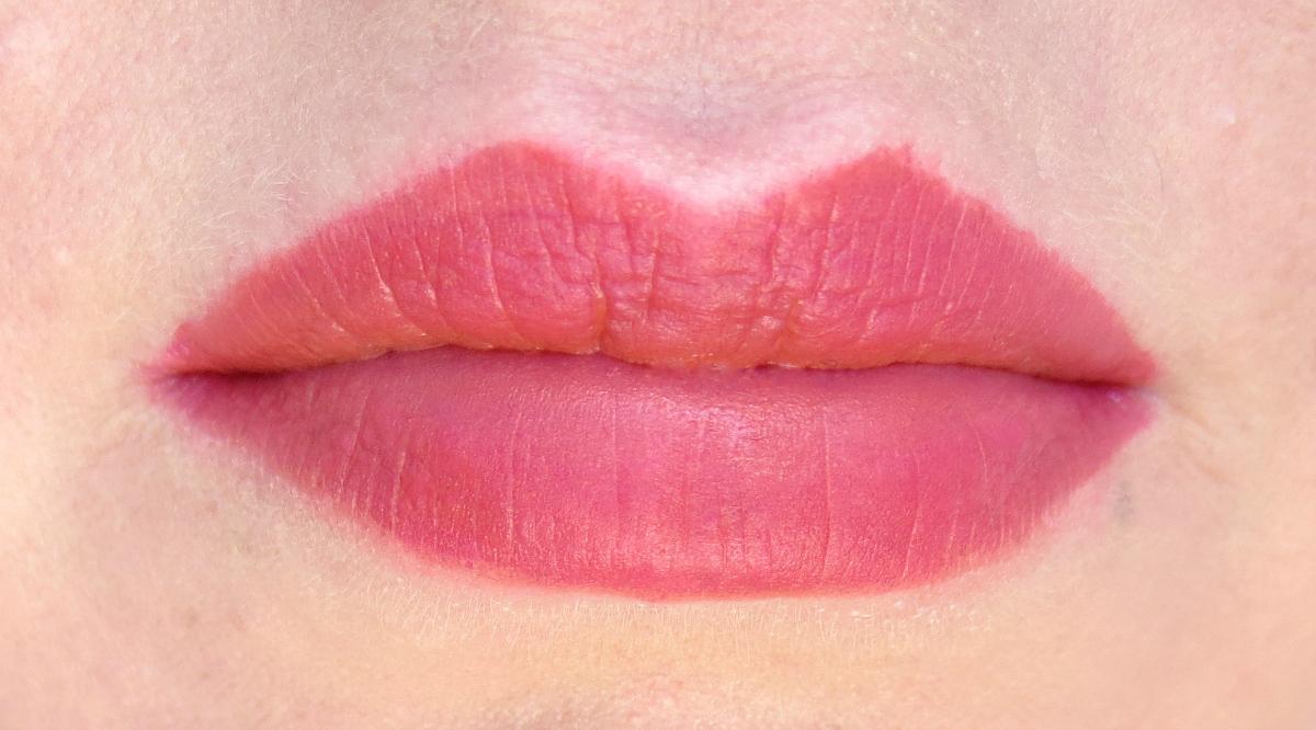 Periperas Ink Velvet Dollish Beige Rose Swatch