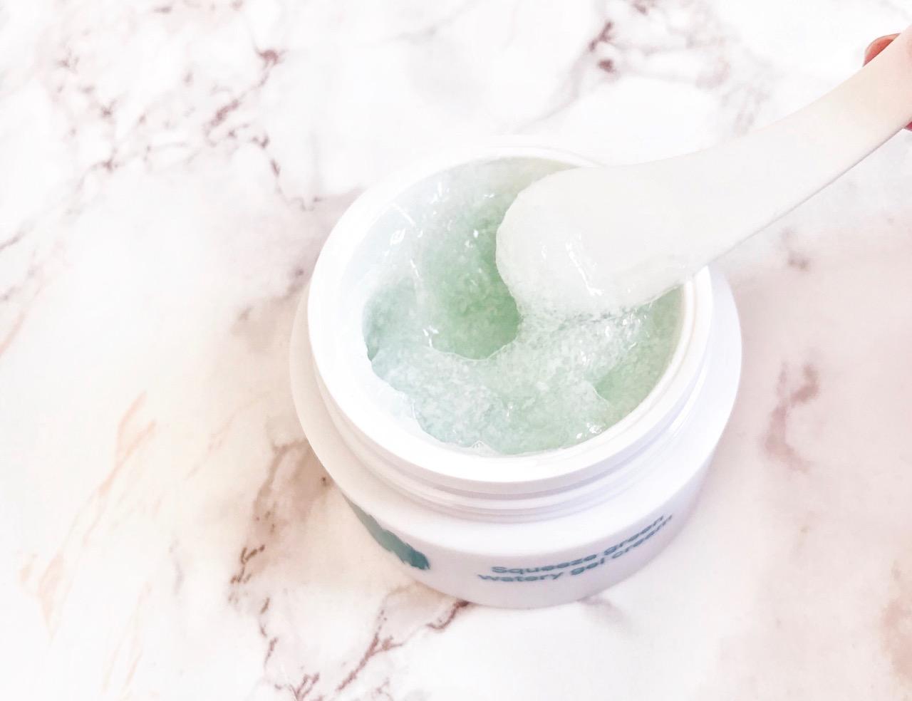 Squeeze Green Watery Gel Cream texture