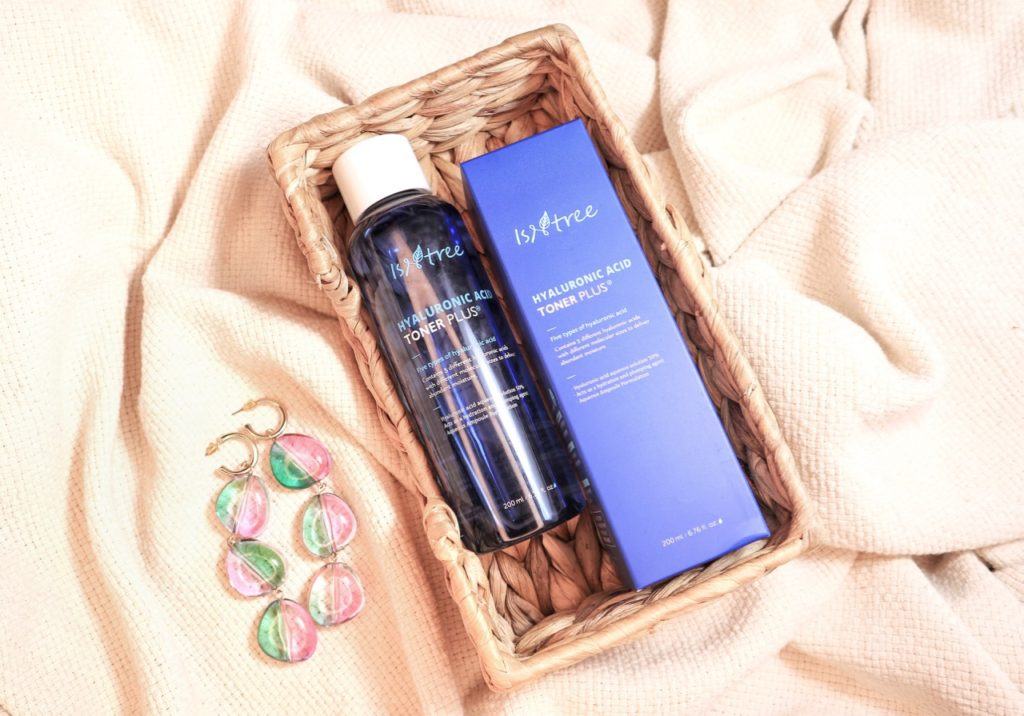 Isntree Hyaluronic Acid Toner Plus beauty blog review
