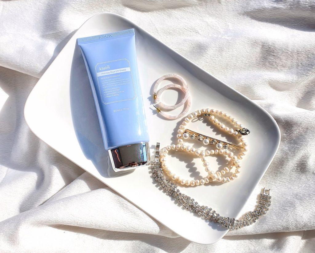 Klairs Mid Day Blue UV Shield SPF50+ PA++++ flatlay