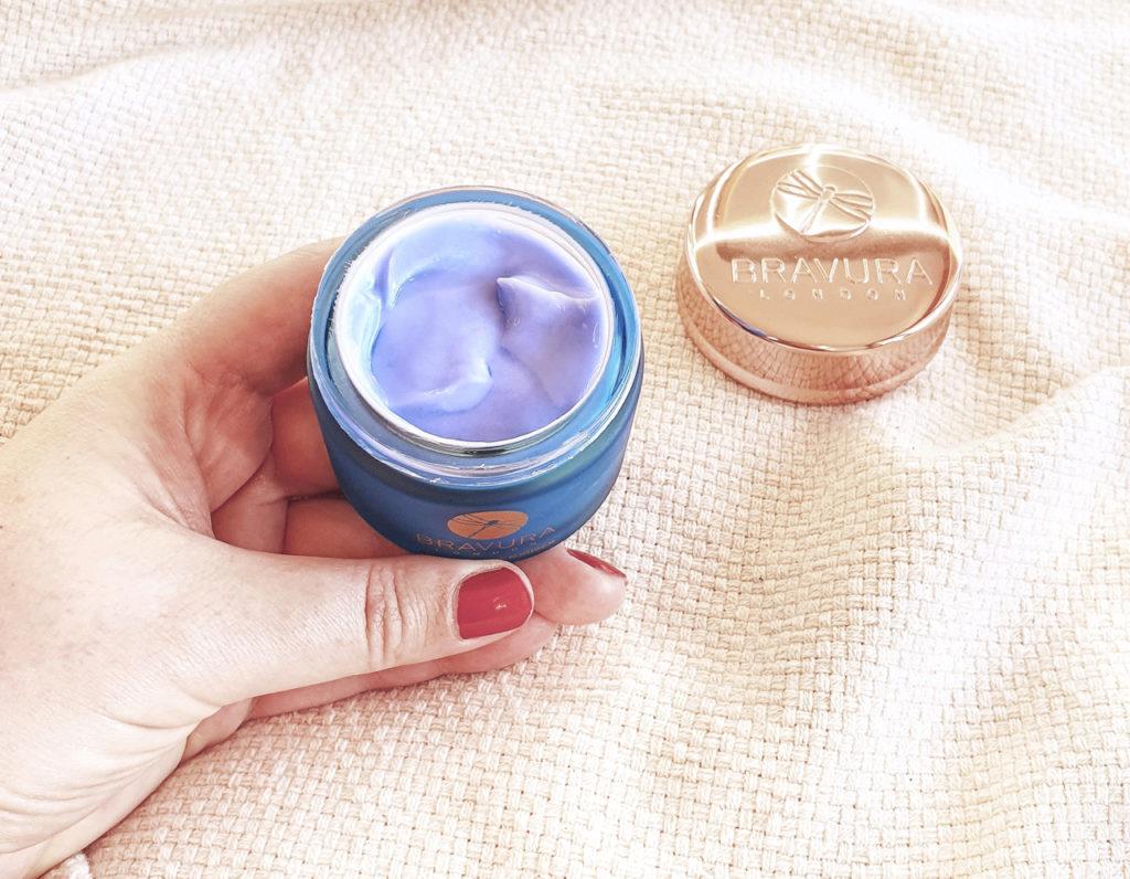Bravura London Azulene Moisturiser texture