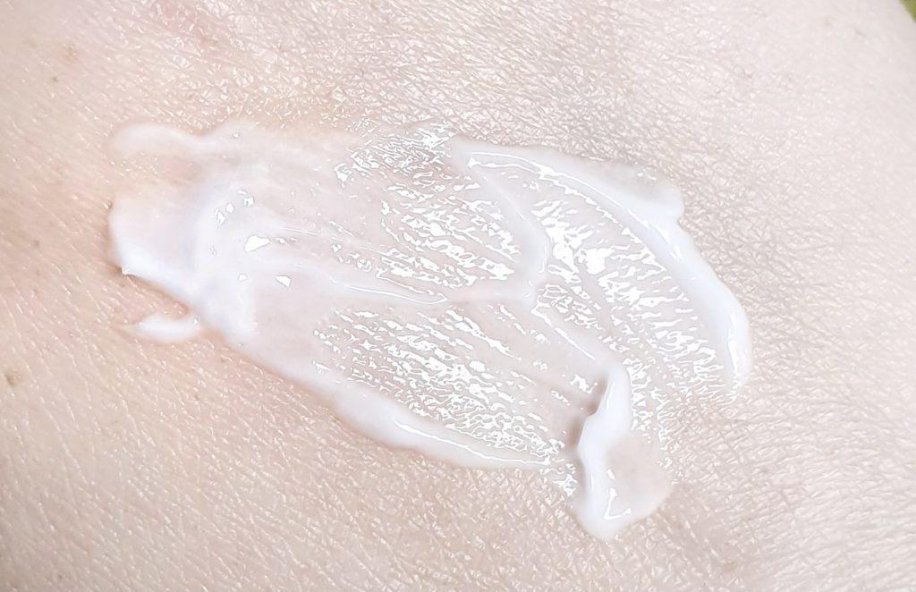 Vegreen 730 Daily Moisture Cream texture